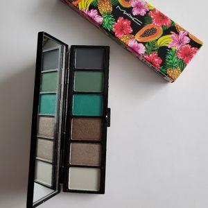MAC Cosmetics Fruity Juicy Eye Shadow Palette
